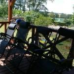 widok z tarasu na jezioro Ołów